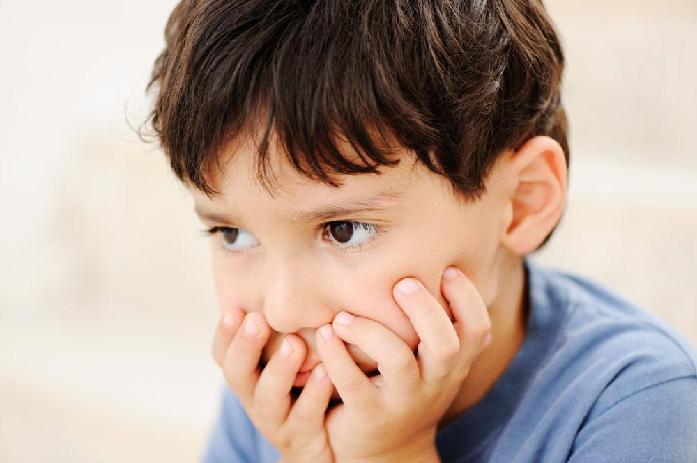 Niño con cara de frustración