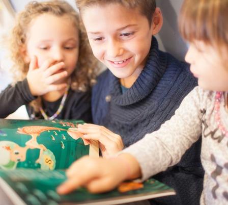 Leer cuentos a niños de 0 a 5 años